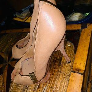 L.A.M.B Nude Heel